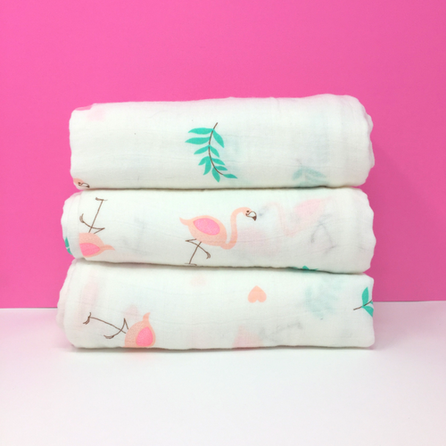 LARGE MUSLIN SWADDLE - PINK FLAMINGO