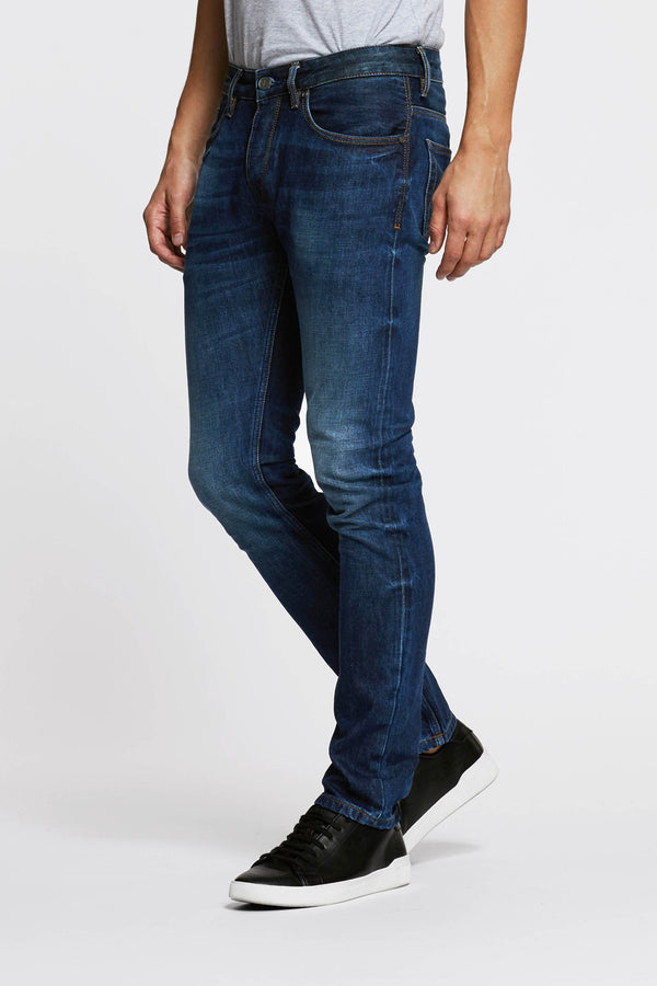 https://cdn.shopify.com/s/files/1/2973/0680/files/SLIM_SELVEDGE_JEAN_-_CONE.mp4?1318584067511151134
