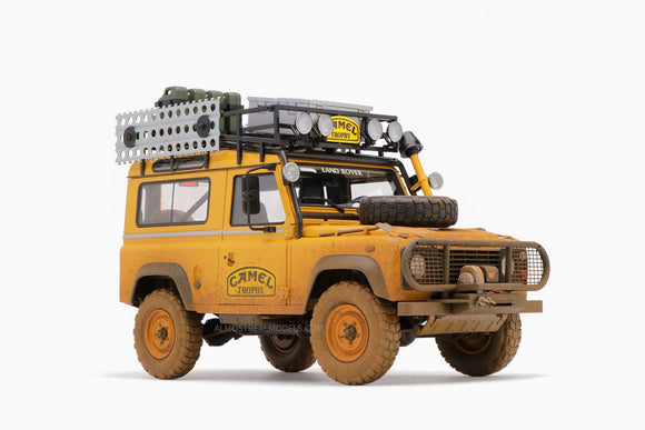 Land Rover Rallye Camel Trophy Borneo 1985 1/18 ALMOST REAL