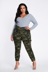 Plus Size Camouflage Cargo Pants