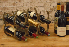 Horseshoe Wine Rack (6 Bottles)