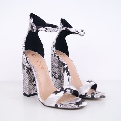Alba - Chunky heel sandal with thin strap
