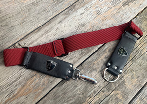 Cheval Stretch Belt ~ BURGUNDY/BLACK
