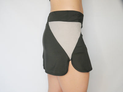 Gobi-Dri Performance/Tennis Skirt- Black with gray Gobi-Dri insert
