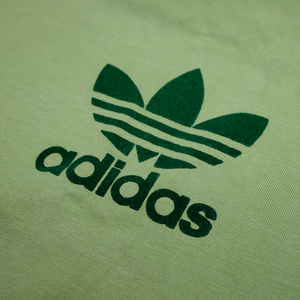 adidas Trefoil Logo T-Shirt Medium / Large