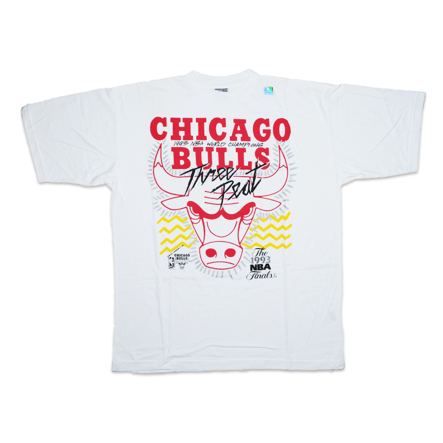 Vintage Chicago Bulls Threepeat T-Shirt XXL