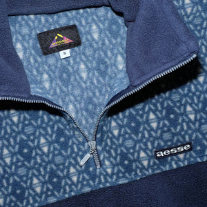 Vintage Pattern Q-Zip Fleece Small