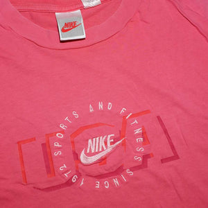 Vintage Nike Sports & Fitness T-Shirt Medium