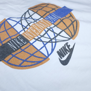 Nike International Womens Longsleeve Medium / Large