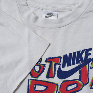 Vintage Nike Women's T-Shirt Small