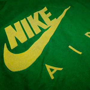 Vintage Nike Air Ringer Logo T-Shirt Green/Yellow