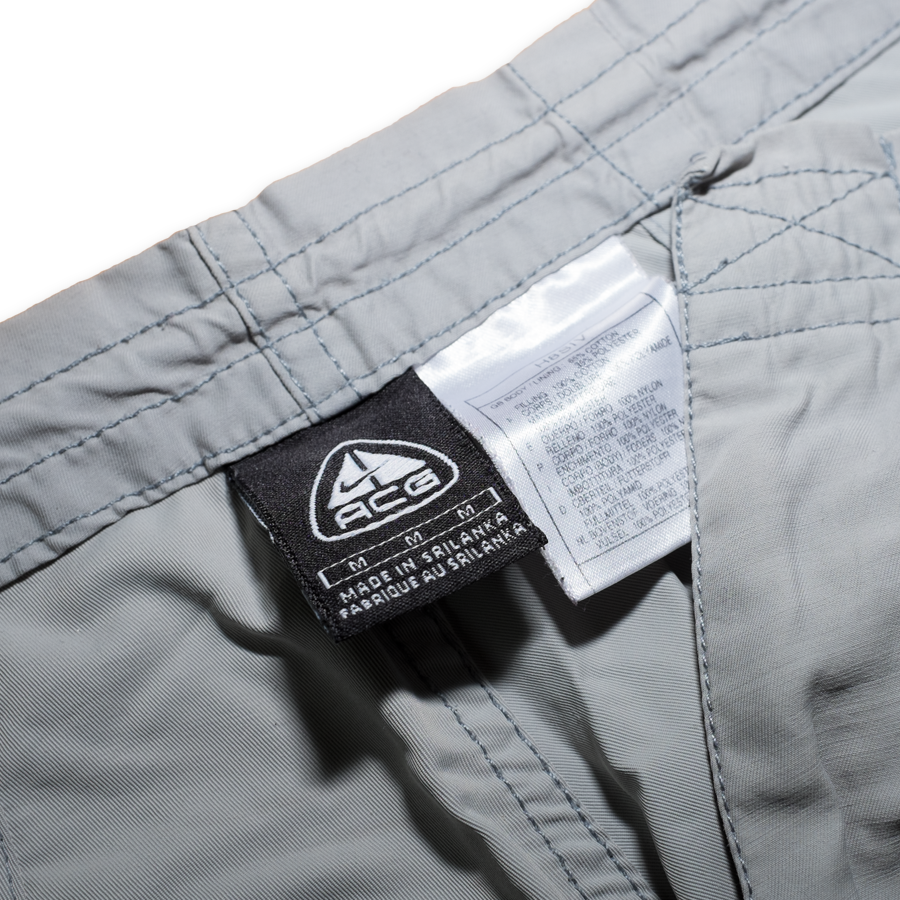Nike ACG Pants Medium