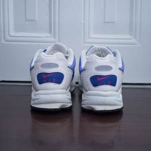 Vintage Nike Womens Runner   Condition: Great   Size: US 9 (wmns) / EU 40.5