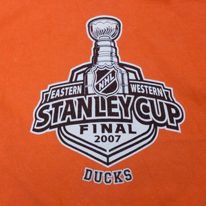 NHL Stanley Cup T-Shirt Small