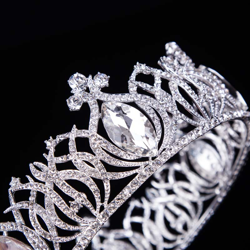Hot European Designs Vintage Peacock Crystal Tiara – Cosplay Infinity b3c1c9f7de1d