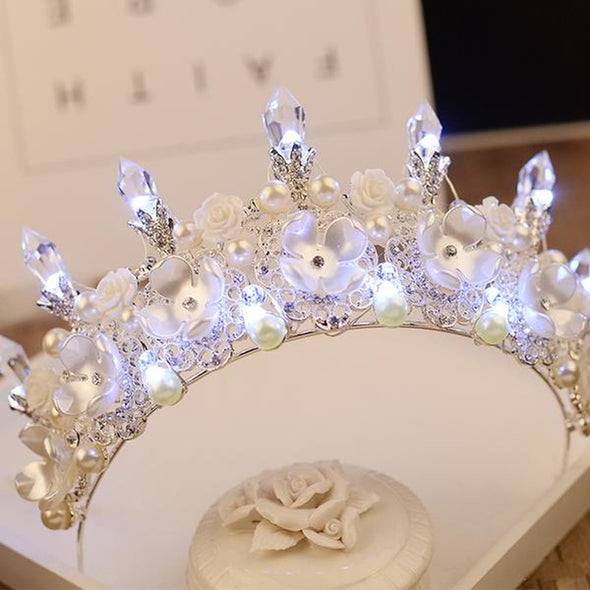 New Baroque Handmade LED Tiara Women Cosplay Costume Crown - Cosplay Infinity