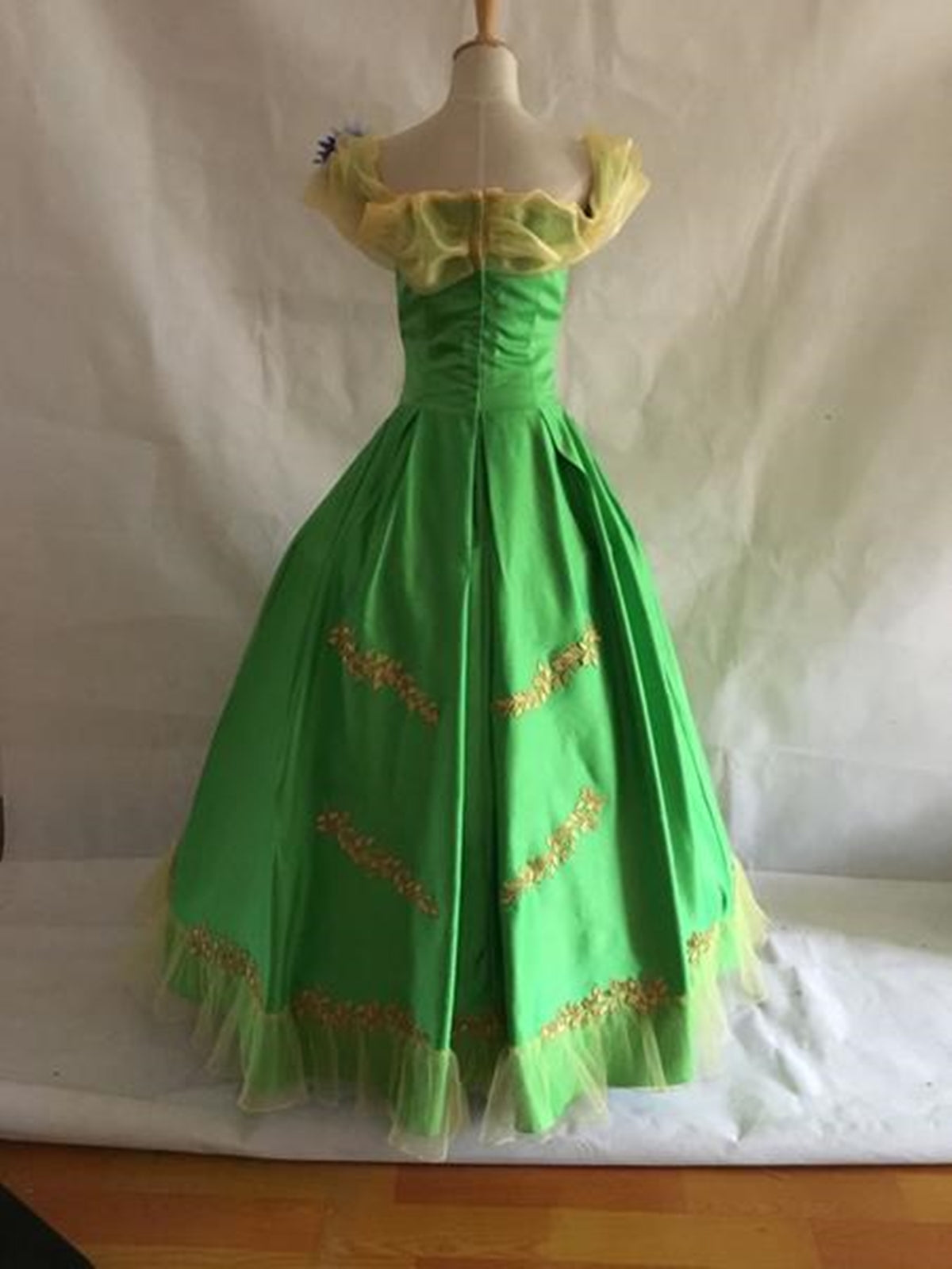 Disney Princess Green Golden Leaf Flower Alice Court Ball Gown ...