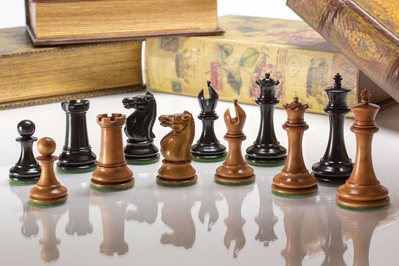 The Arundel Knight, Padauk Chess Set with Mahogany Board, 4