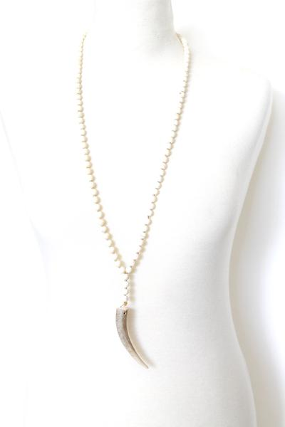 Sandia Horn Necklace in Tan