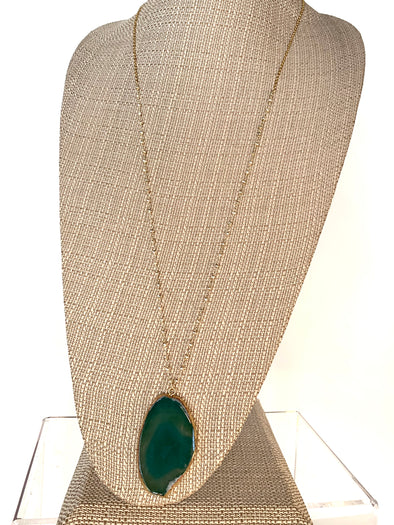Silver Treasure Green Agate Necklace