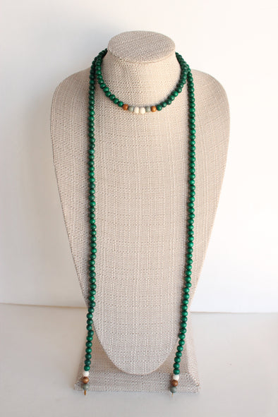 Wooden Lariat in Green