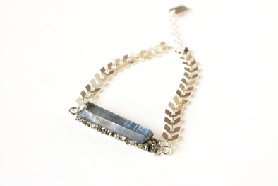 Aura Bracelet in Icy Grey/Blue