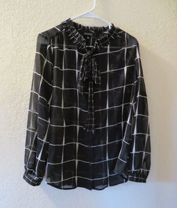 NEW Women's Blouse Size Medium Sheer WHO WHAT WEAR Black