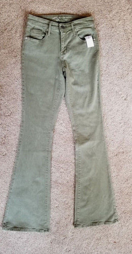 NEW Women's Jeans Size 2/26R Power Stretch High Rise Flare