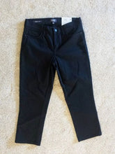 NEW NYDJ Capri Womens Jeans Size 4 Black Premium Denim Slimming Fit Lift x Tuck