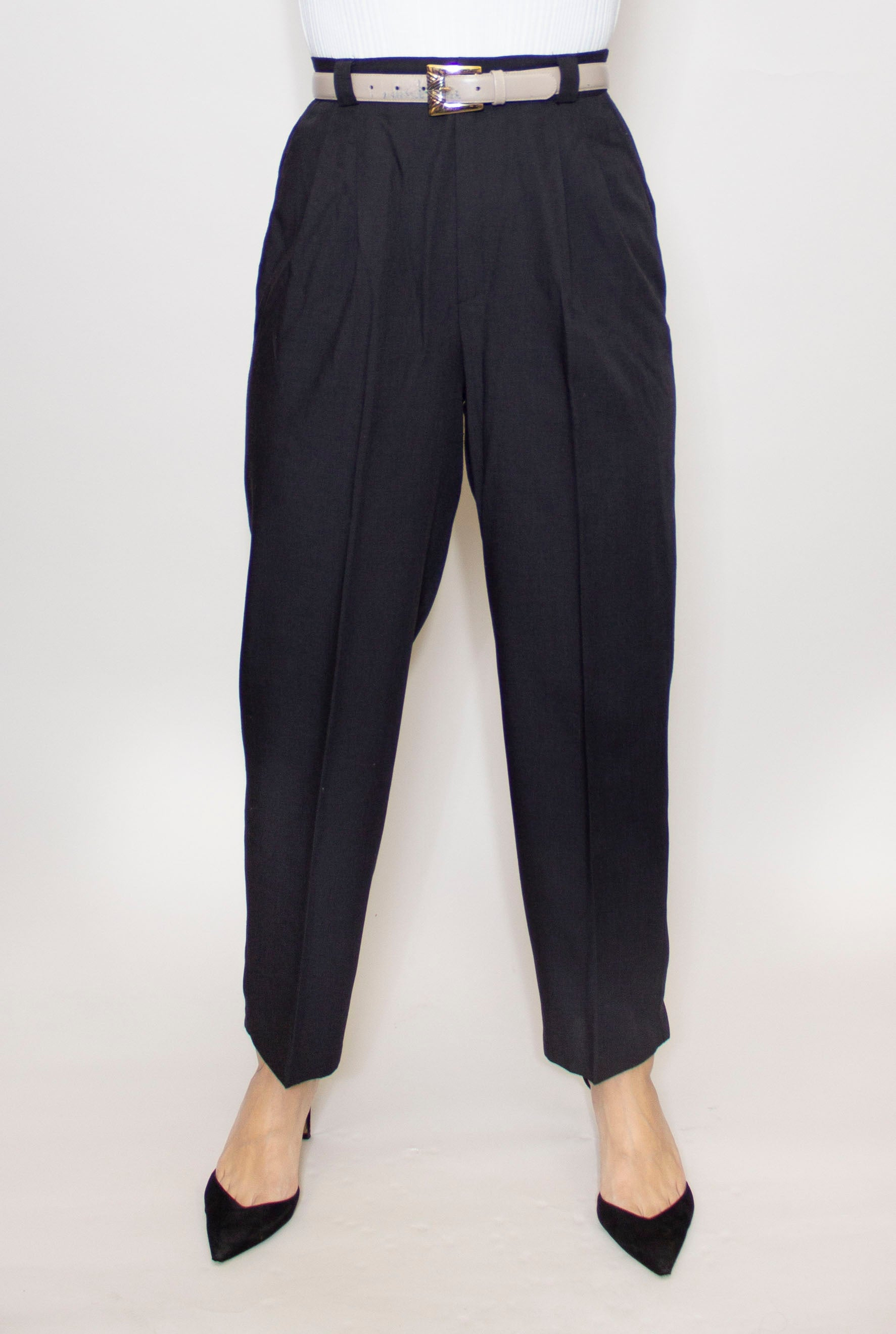 Pleated Hi-Waist Trouser