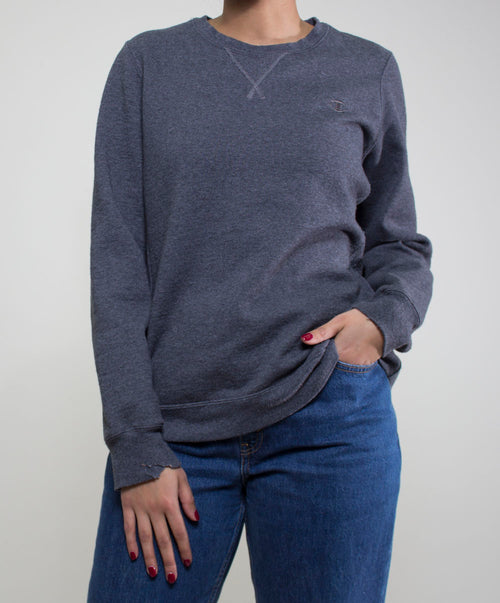 Lara Champion Sweater