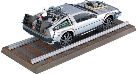 BACK TO THE FUTURE PART 3 DeLorean