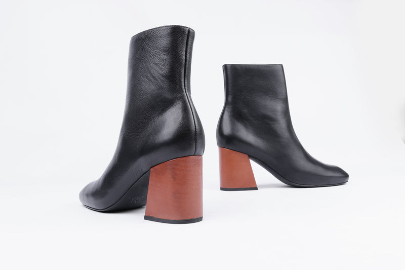 "The MS STEINEM ankle boot from Swedish shoe brand ANNY NORD was inspired by all around awesome fem-defender Gloria Steinem, who went under cover as a Playboy bunny to expose the real life as a ""bunny""."