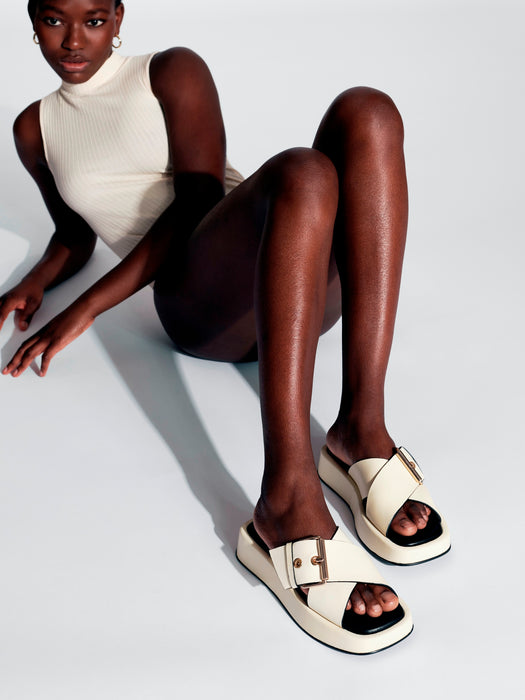 """DETOX"" a chunky flatform sandal from Swedish shoe brand ANNY NORD, for a bit of every day luxury.. Here seen in vanilla/black combination."
