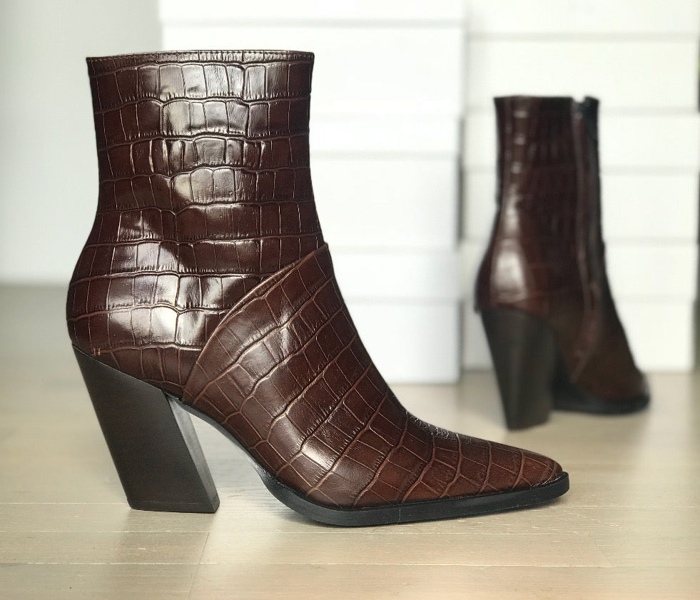Escape From The West            ankle boot