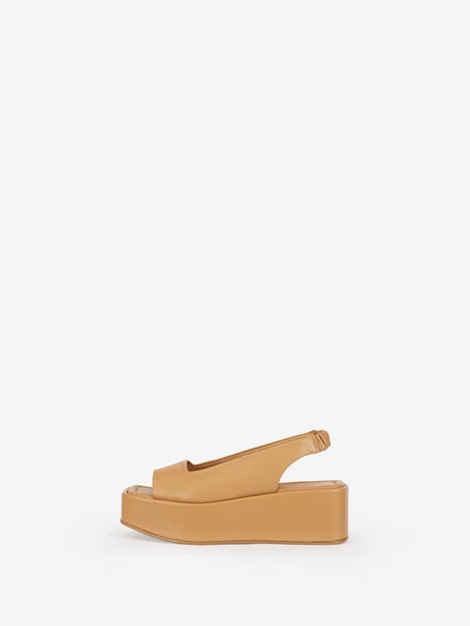 """Level up"" - beige platform sandals from premium Swedish shoe brand ANNY NORD"