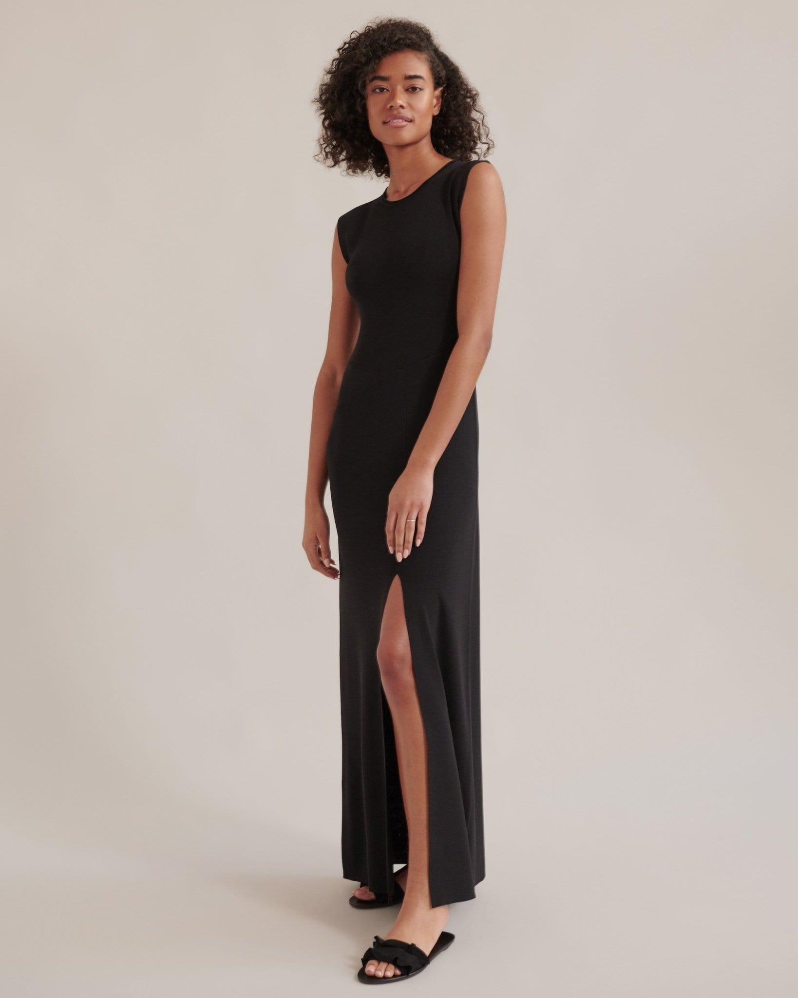 Meghan Sleeveless Maxi Dress / Neighborhood Goods