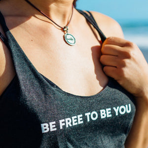 Comfortable Tank Top for Women in Vintage Black I Be free to be you I Hakuna Wear