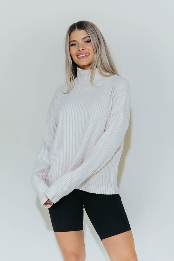 HOLLIE OATMEAL TURTLENECK SWEATER
