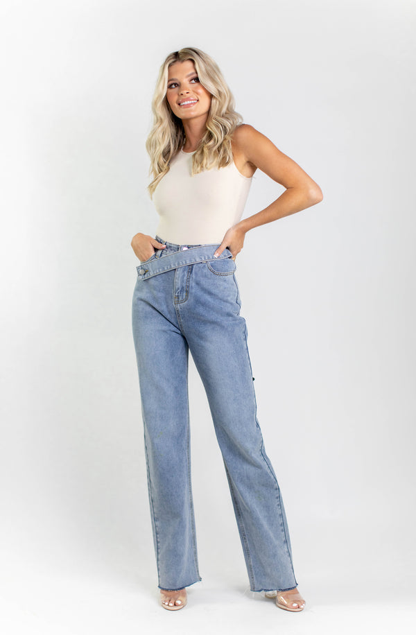AIDEN STRAIGHT DENIM JEANS