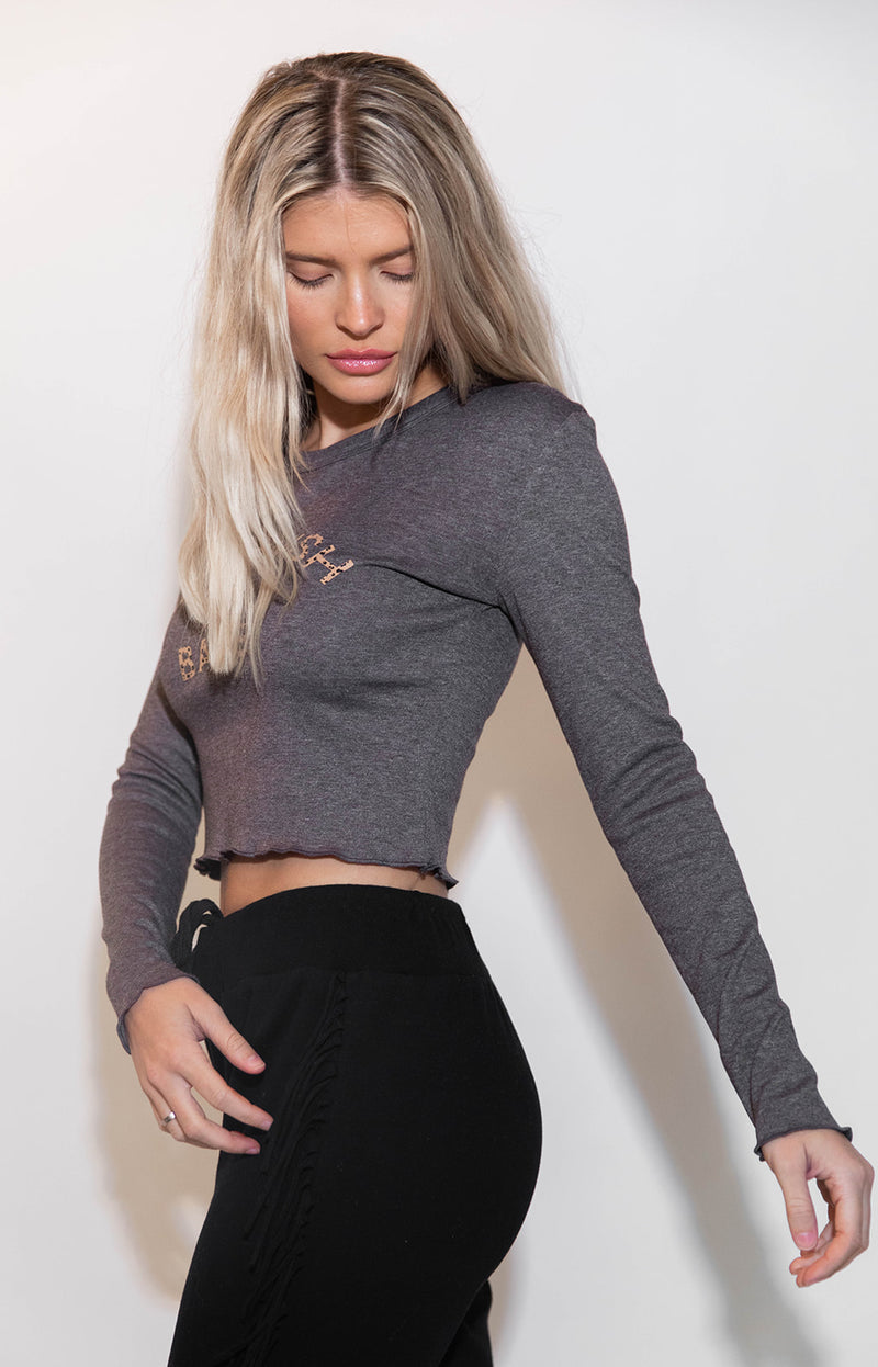 KITTENISH BABE CROPPED LONG SLEEVE TEE IN CHOCOLATE