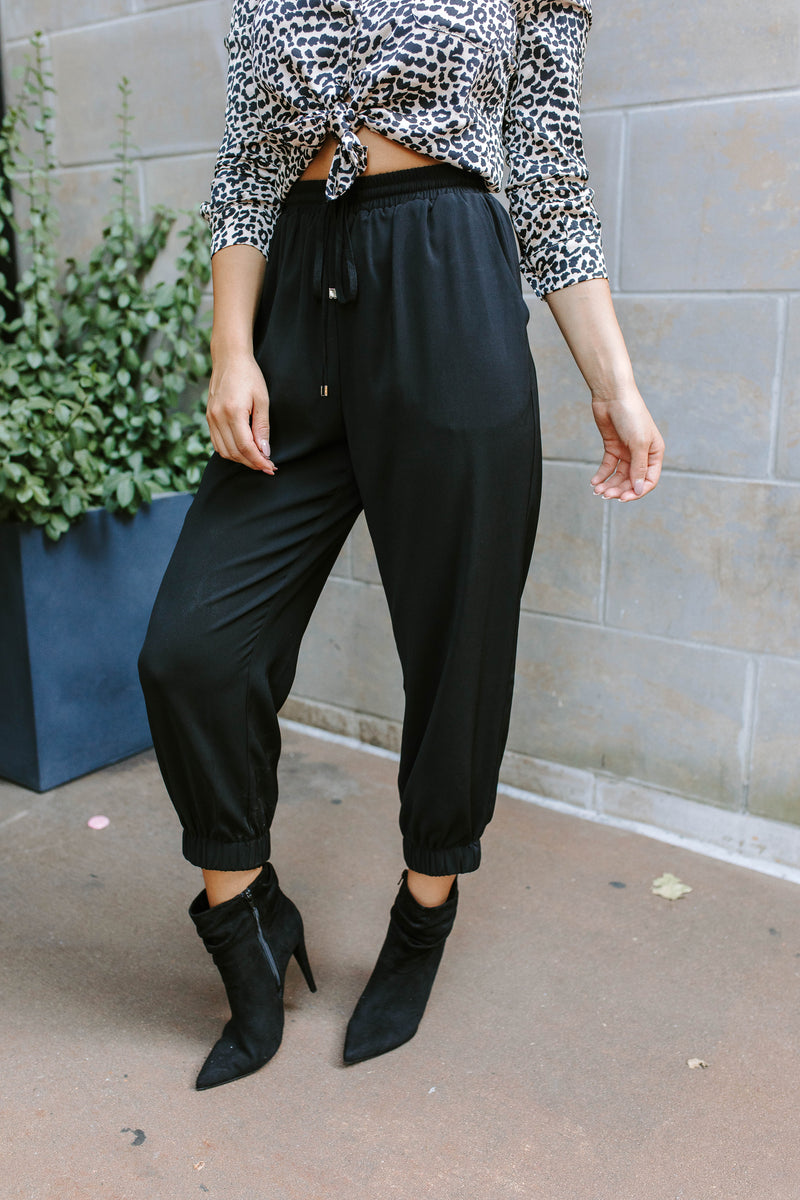 WEDNESDAY DRAWSTRING PANTS IN BLACK