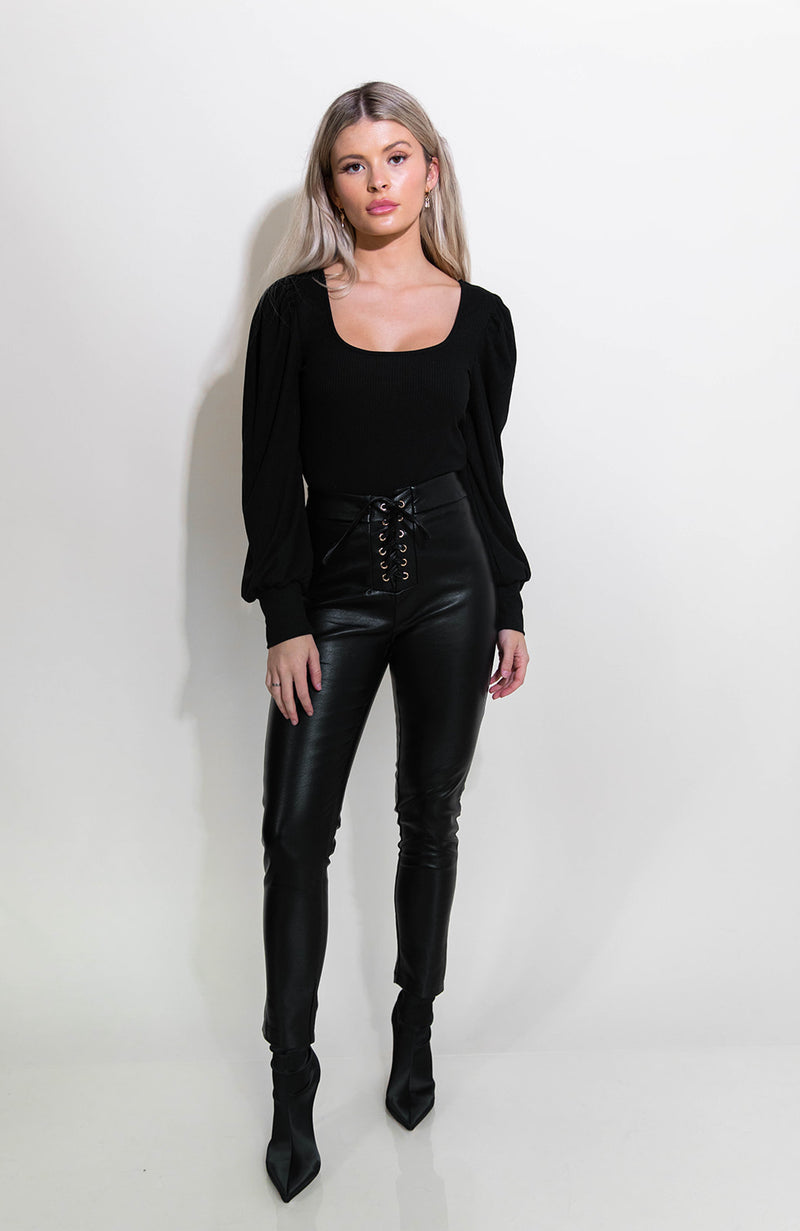 SERENA BLACK LONG SLEEVE TOP