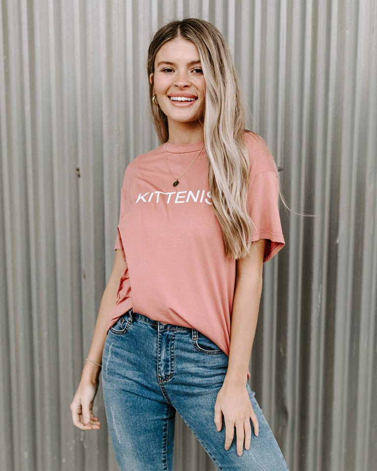 KITTENISH LOGO TEE IN MAUVE