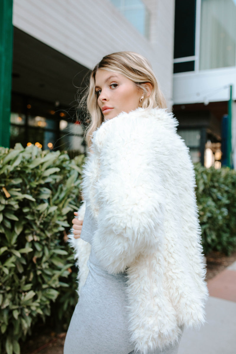 AMELIA IVORY FAUX FUR COAT