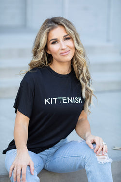 OG KITTENISH BLACK LOGO TEE