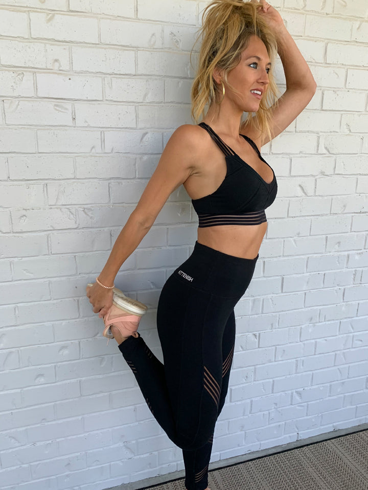 ZAYA SPORTS BRA IN BLACK
