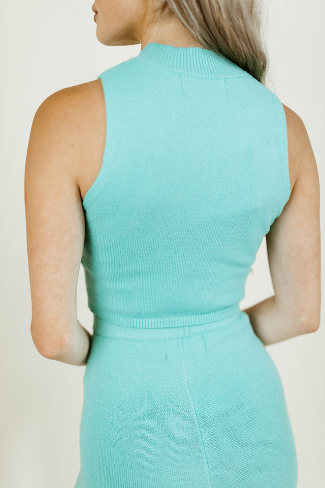 MIAMI TIFFANY BLUE SLEEVELESS CROPPED TOP