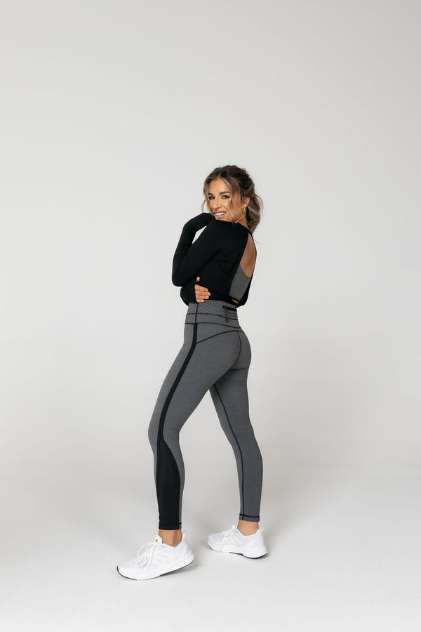 MILLIA BLACK AND GREY STRIPE ACTIVE LEGGINGS