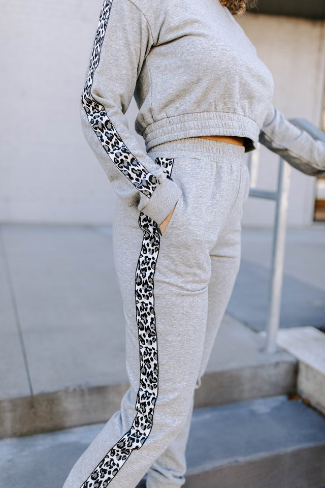 PAIGE LEOPARD JOGGER SET IN GRAY